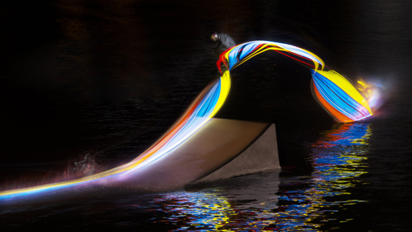 Patrick-Rochon-Light-Painting-Wake-Boarding