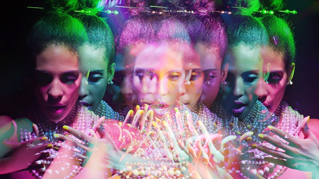 In the music video Polyday, APigeon is propelled into the uncharted spheres of light painting videography by visual psychonauts Patrick Rochon and Pierre Tremblay. http://www.patrickthelightpainter.com/ http://www.listofilms.com/ http://apigeon.com/